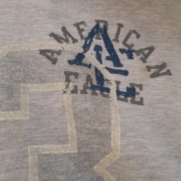 Light grey American  eagle  sweatshirt